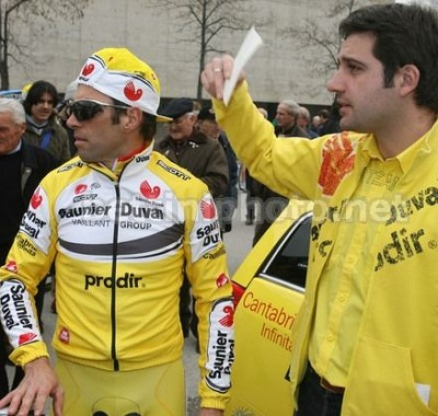 Matteo (on the right) with Gilberto Simoni, 2 times winner of the Giro d'Italia
